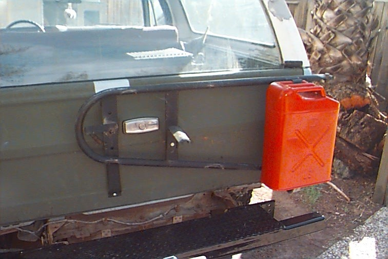 K5 Blazer Tire Carrier http://coloradok5.com/forums/showthread.php?t=214573